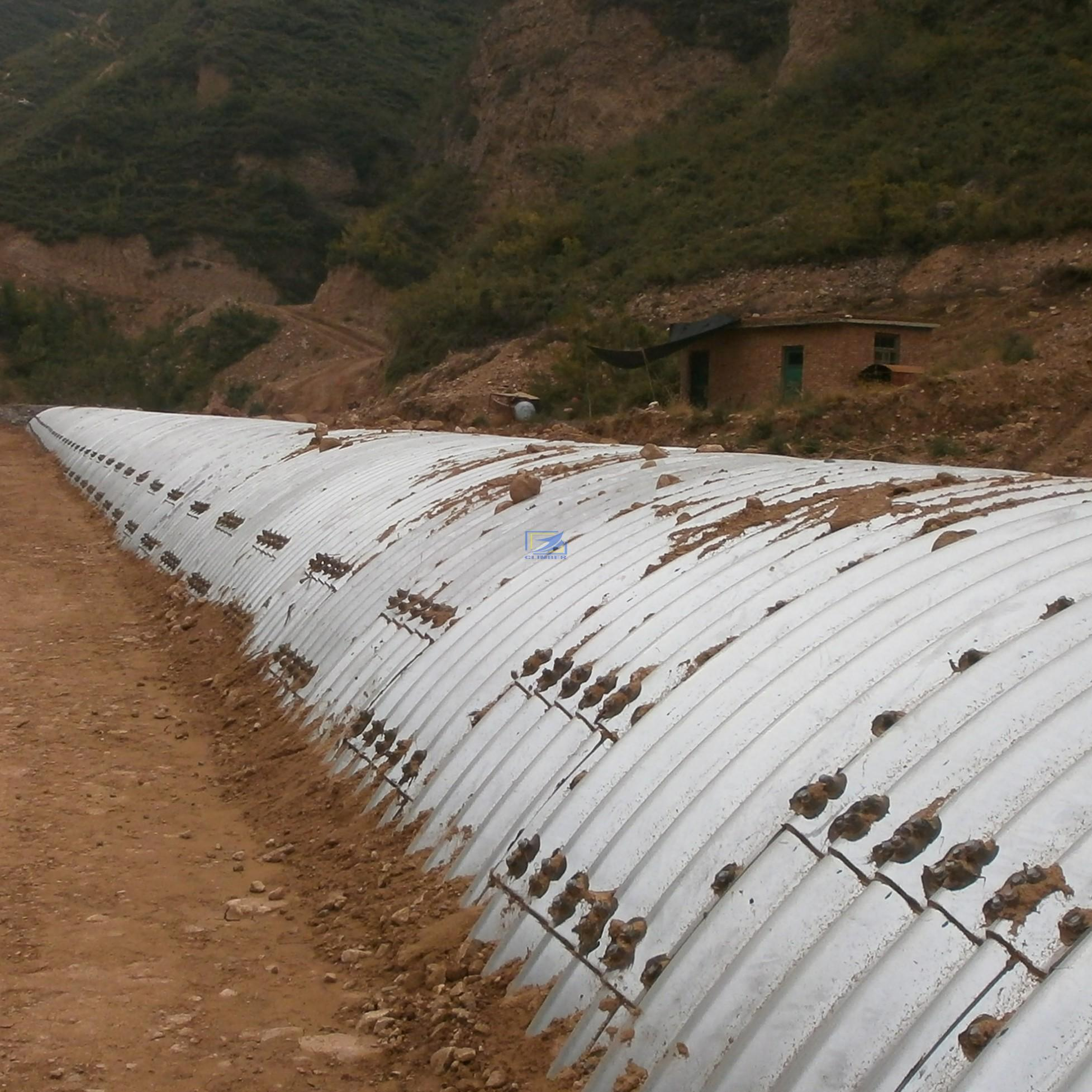 Big diameter corrugated metal culvert pipe assembled by structural plate
